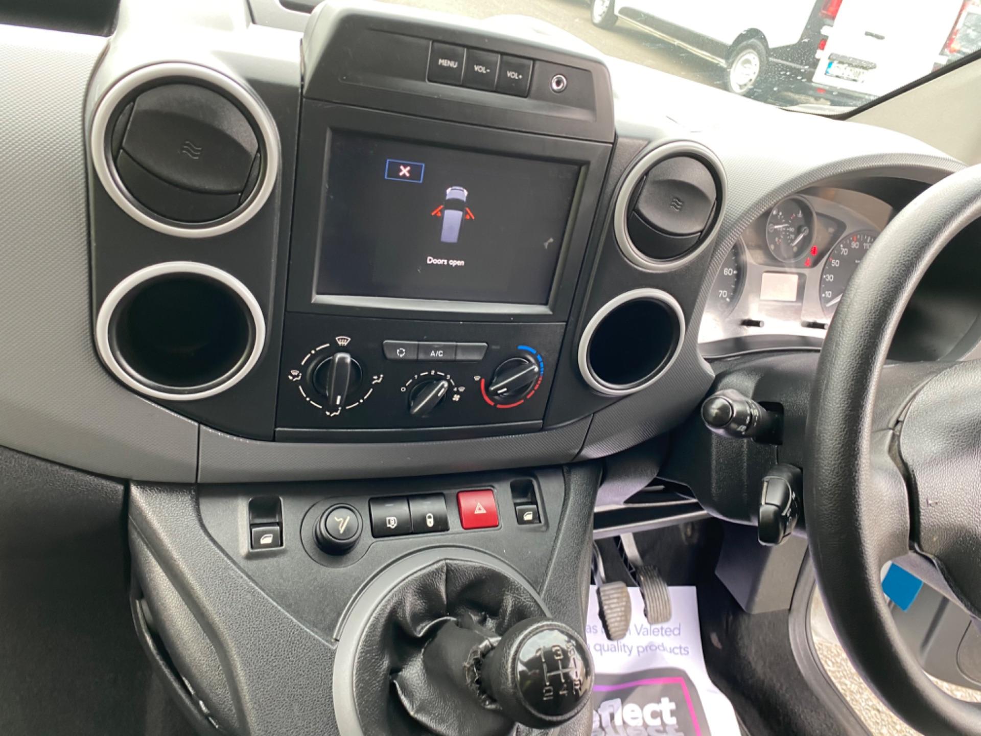 2017 Peugeot Partner Professional 1.6 Blue HDI 100 (171D44219) Image 11