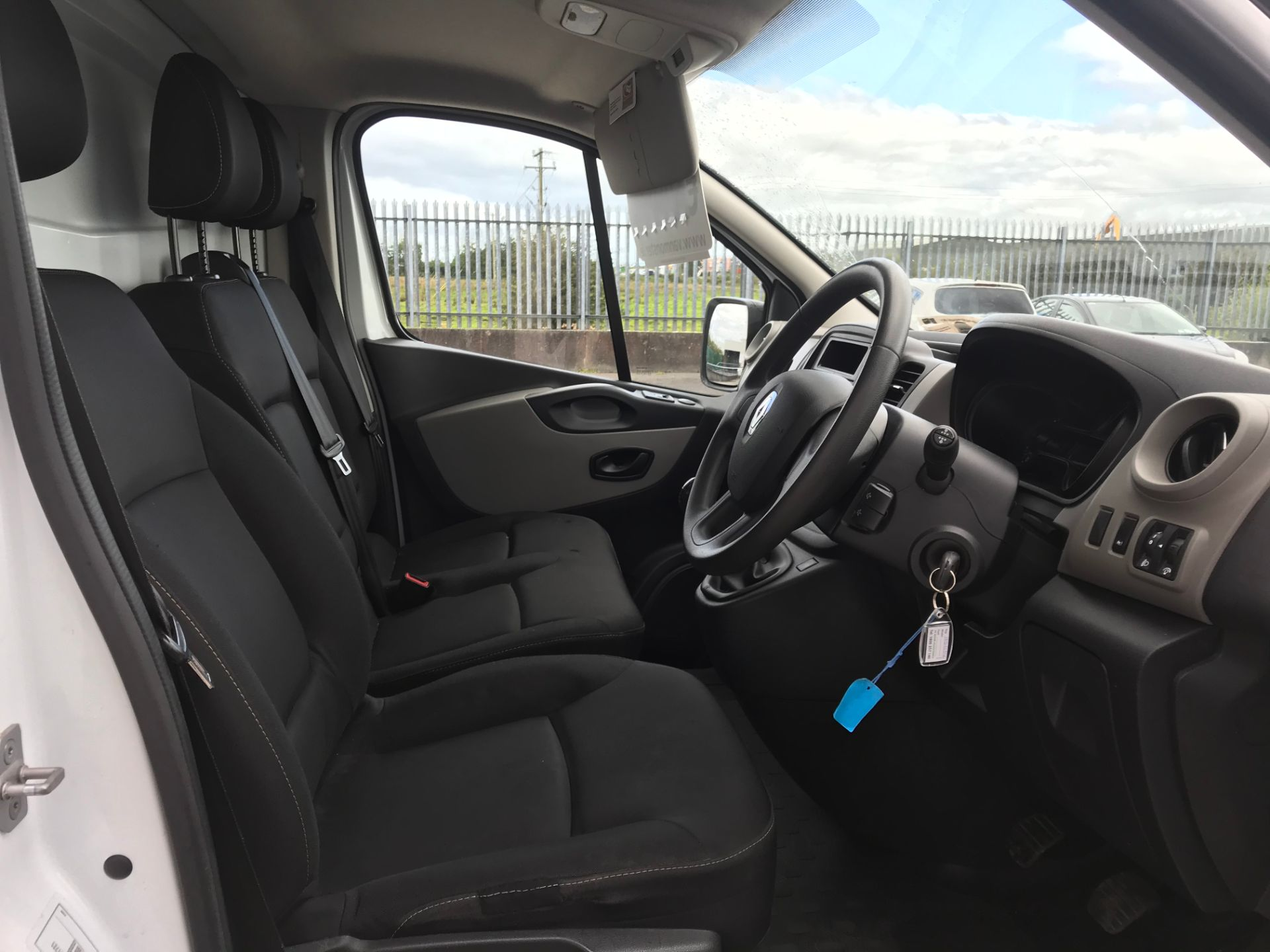 2017 Renault Trafic LL29 DCI 120 Business 3DR (171D44946) Image 12