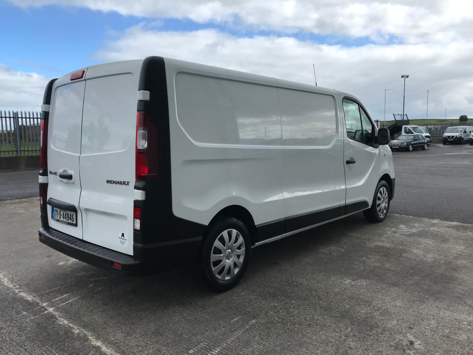 2017 Renault Trafic LL29 DCI 120 Business 3DR (171D44946) Image 4