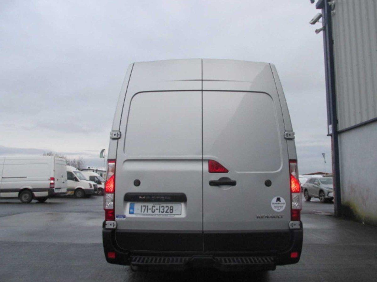 2017 Renault Master RWD LML35 DCI 135 Energy Busin (171G1328) Image 5