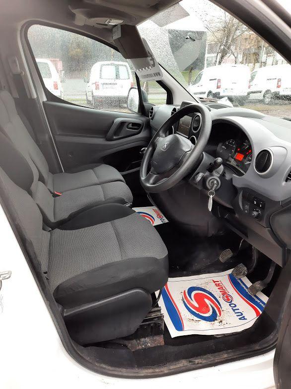 2017 Peugeot Partner PROFESSIONAL 1.6 BLUE HDI 100, 3 Seater. (172D11779) Image 8