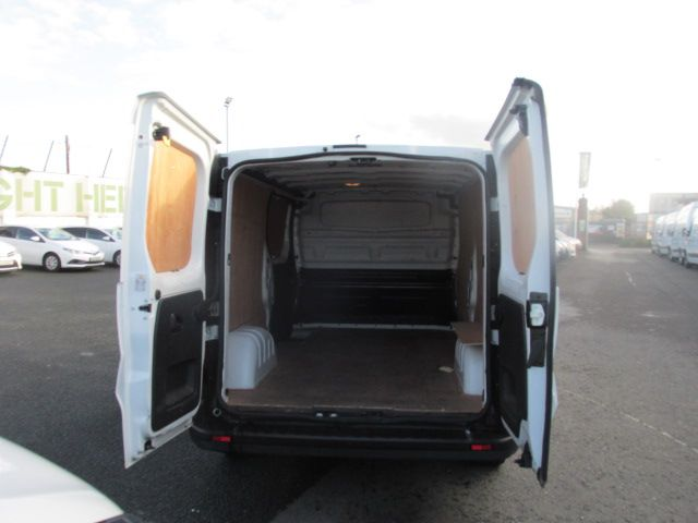 2017 Renault Trafic LL29 DCI 120 Business 3DR (172D13384) Image 11