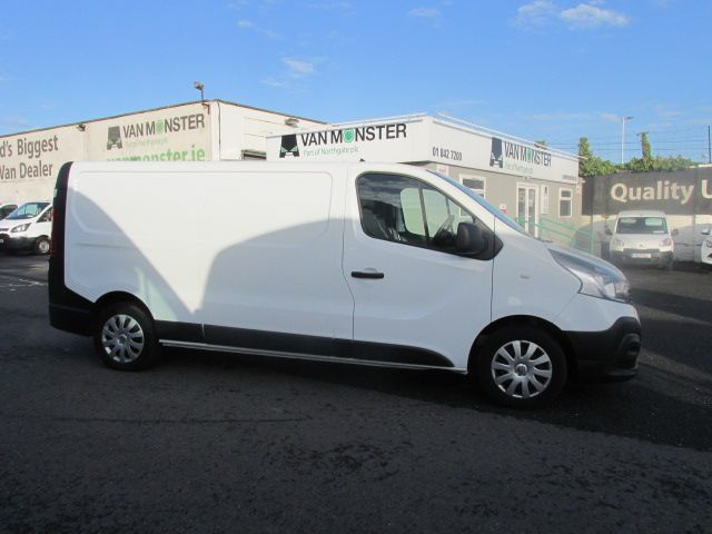 2017 Renault Trafic LL29 DCI 120 Business 3DR (172D13384) Image 2