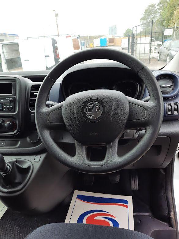 2017 Vauxhall Vivaro L2H1 2900 CDTI (172D14951) Image 6
