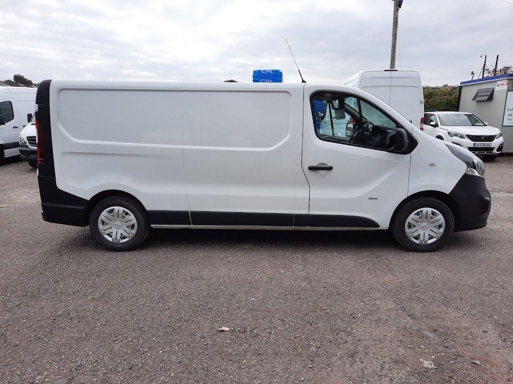 2017 Vauxhall Vivaro L2H1 2900 CDTI (172D14951) Image 9