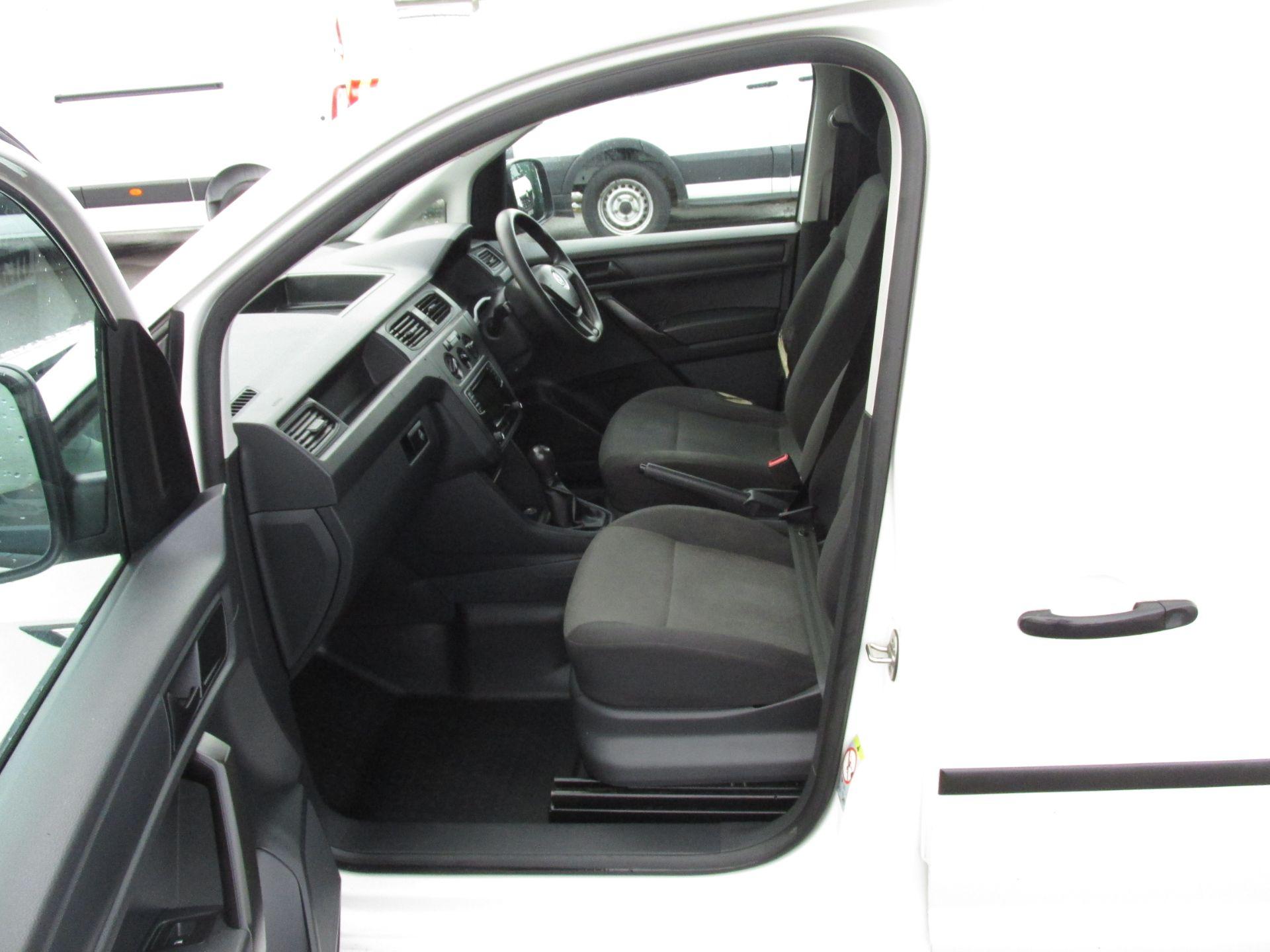 2017 Volkswagen Caddy C20 TDI STARTLINE (172D16220) Image 11