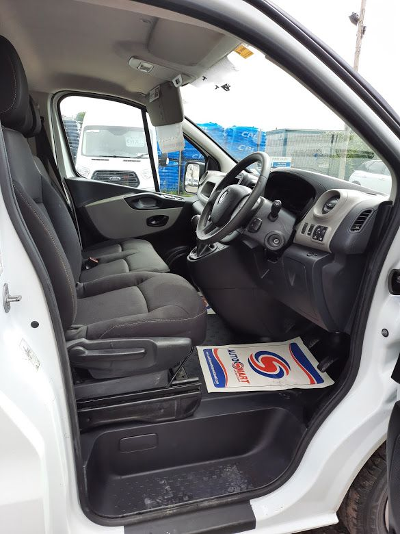 2017 Renault Trafic LL29 DCI 120 Business 3DR (172D19333) Image 8