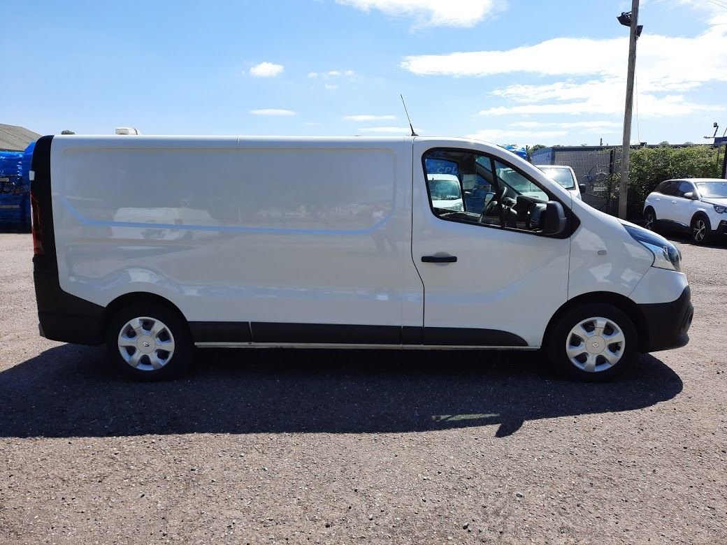 2017 Renault Trafic LL29 DCI 120 Business 3DR (172D22601) Image 9