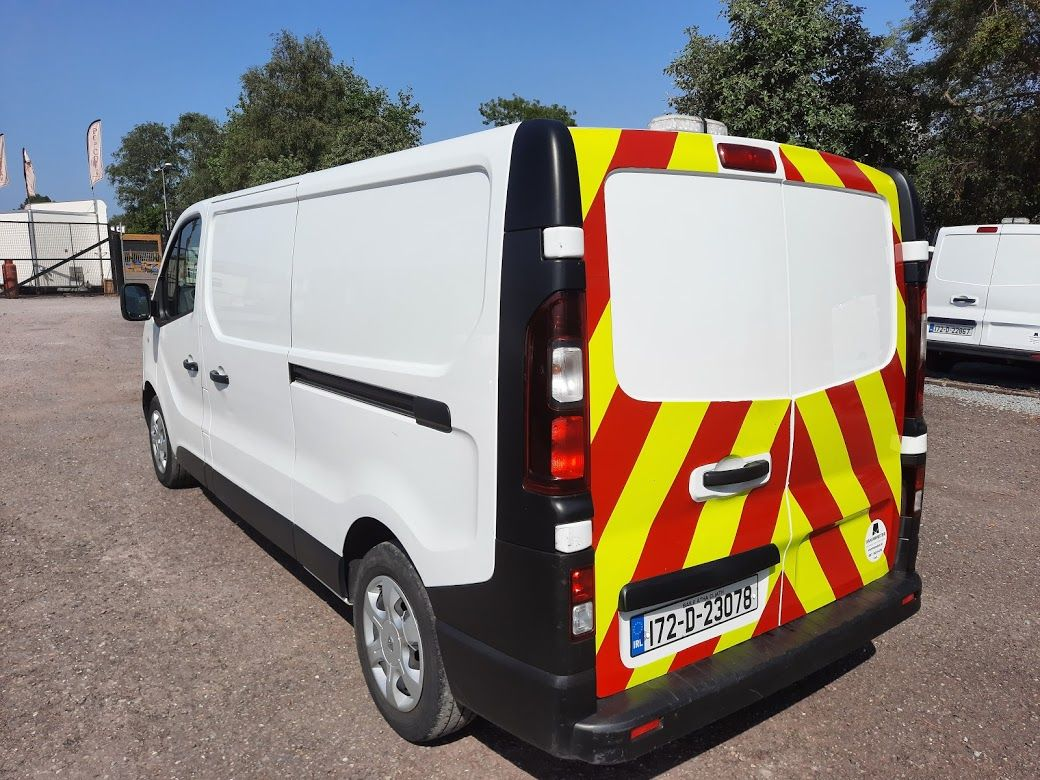 2017 Renault Trafic LL29 DCI 120 Business 3DR (172D23078) Image 13