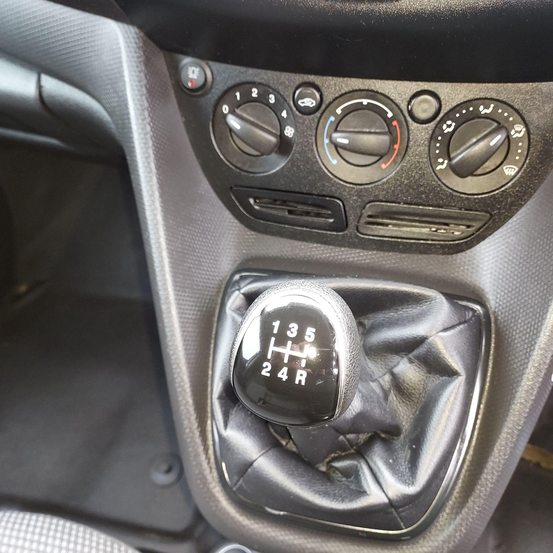 2017 Ford Transit Connect LWB Base 1.5TD 75PS 5SPD 3DR (172D8124) Image 9