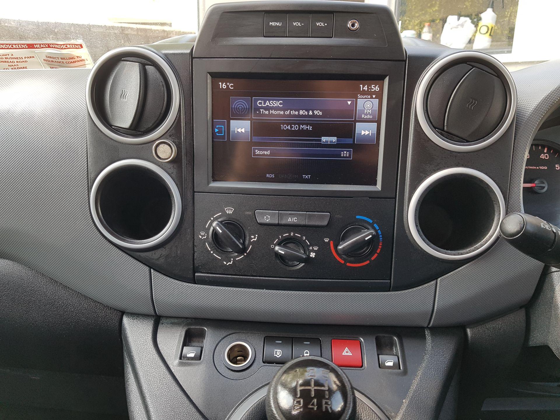 2017 Peugeot Partner Professional 1.6 Blue HDI 100 (172D11794) Image 17