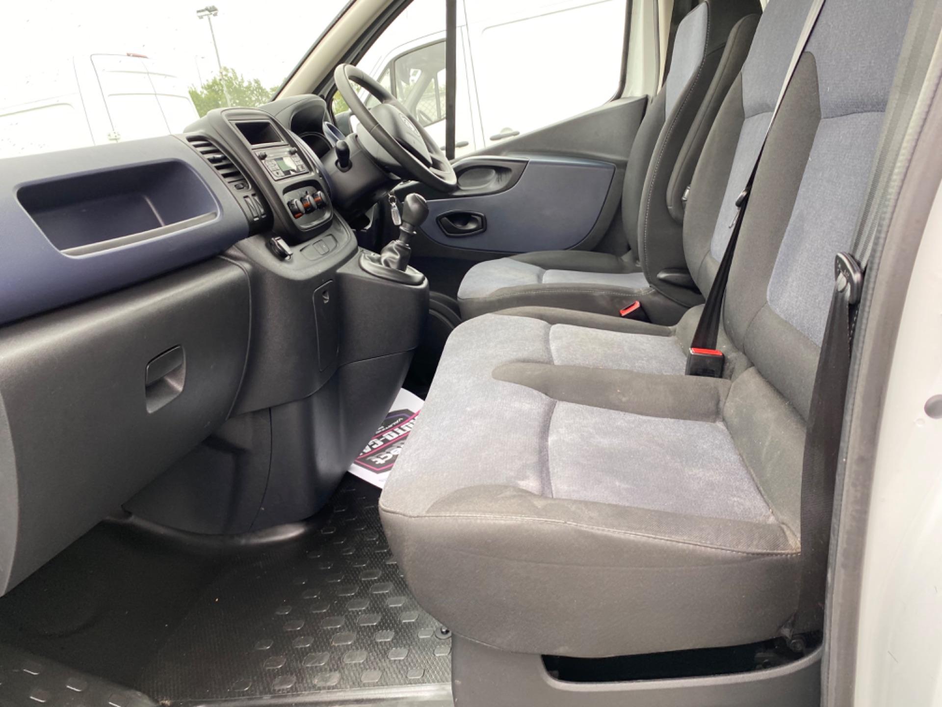 2017 Vauxhall Vivaro L2H1 2900 CDTI (172D14721) Image 10