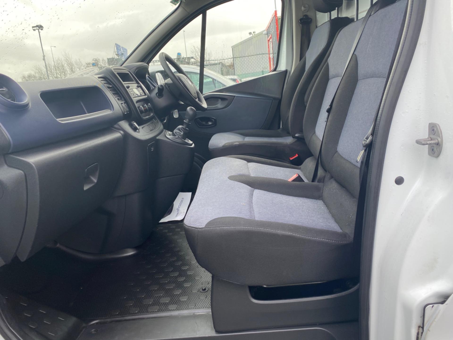 2017 Vauxhall Vivaro L2H1 2900 CDTI (172D14734) Image 13