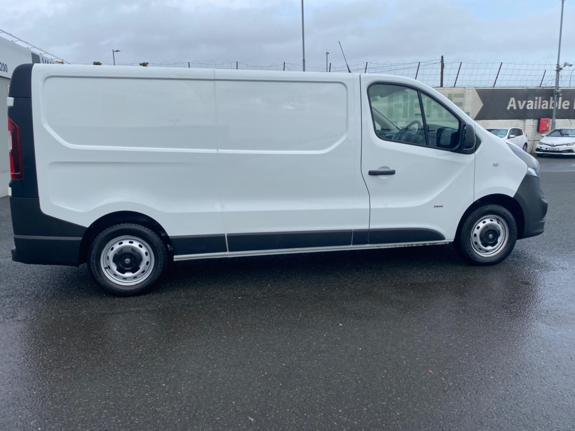 2017 Vauxhall Vivaro L2H1 2900 CDTI (172D14734) Image 8