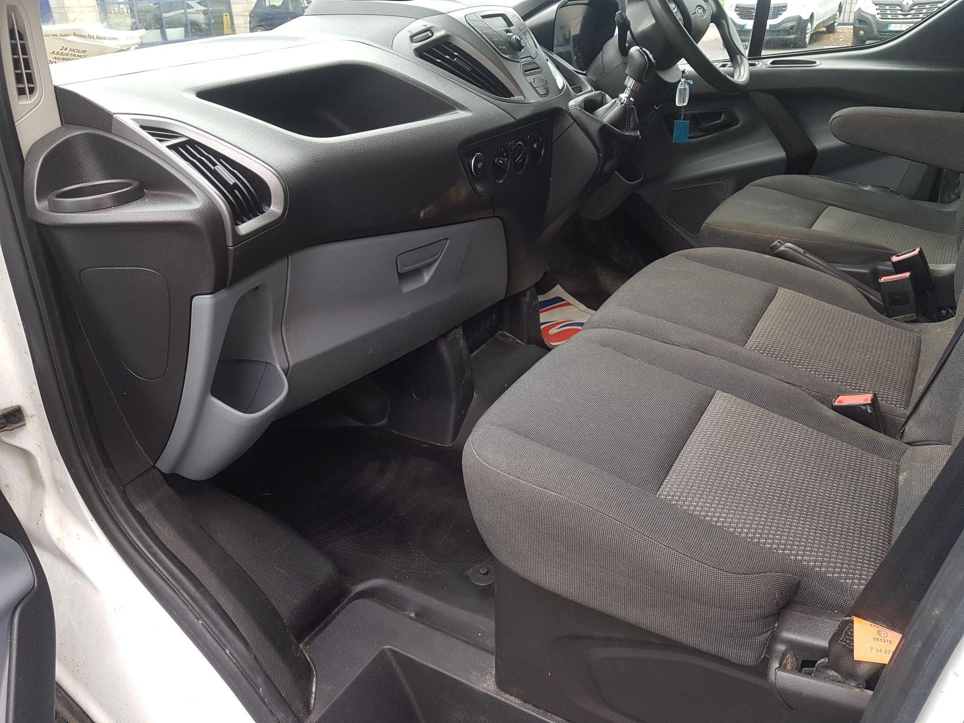 2017 Ford Transit Custom 290 LR P/V (172D14941) Image 12