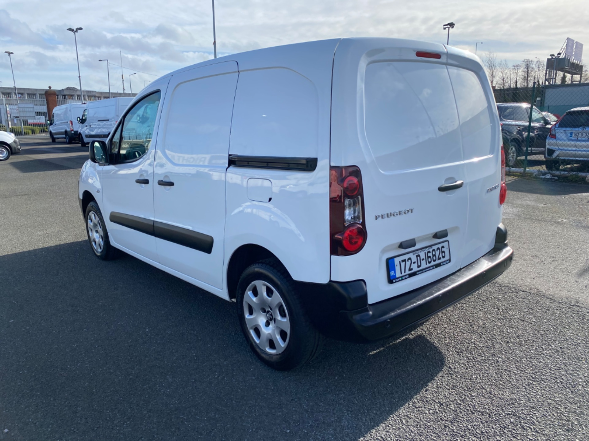 2017 Peugeot Partner Professional 1.6 Blue HDI 100 (172D16826) Image 4