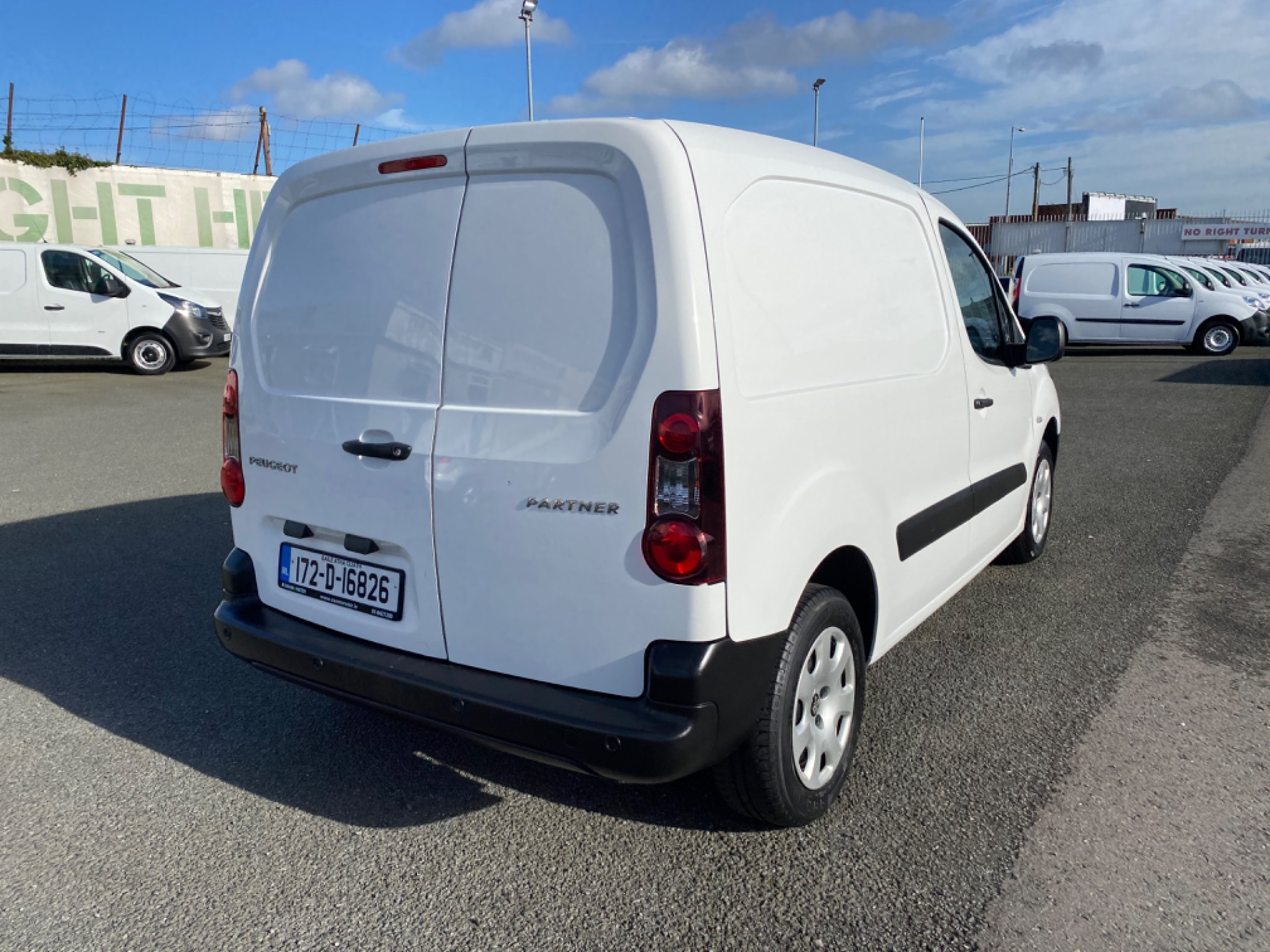 2017 Peugeot Partner Professional 1.6 Blue HDI 100 (172D16826) Image 7