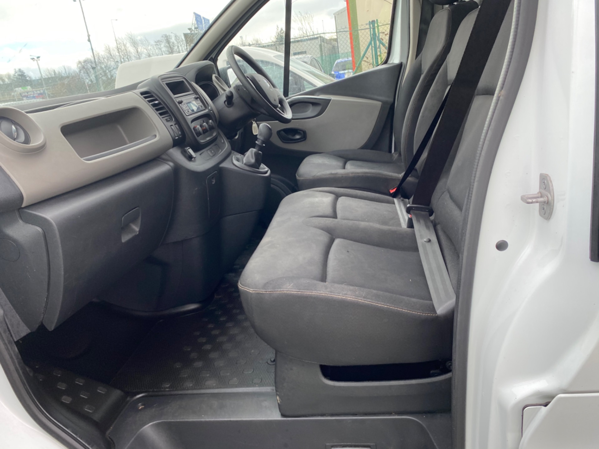 2017 Renault Trafic LL29 DCI 120 Business 3DR (172D19328) Image 11