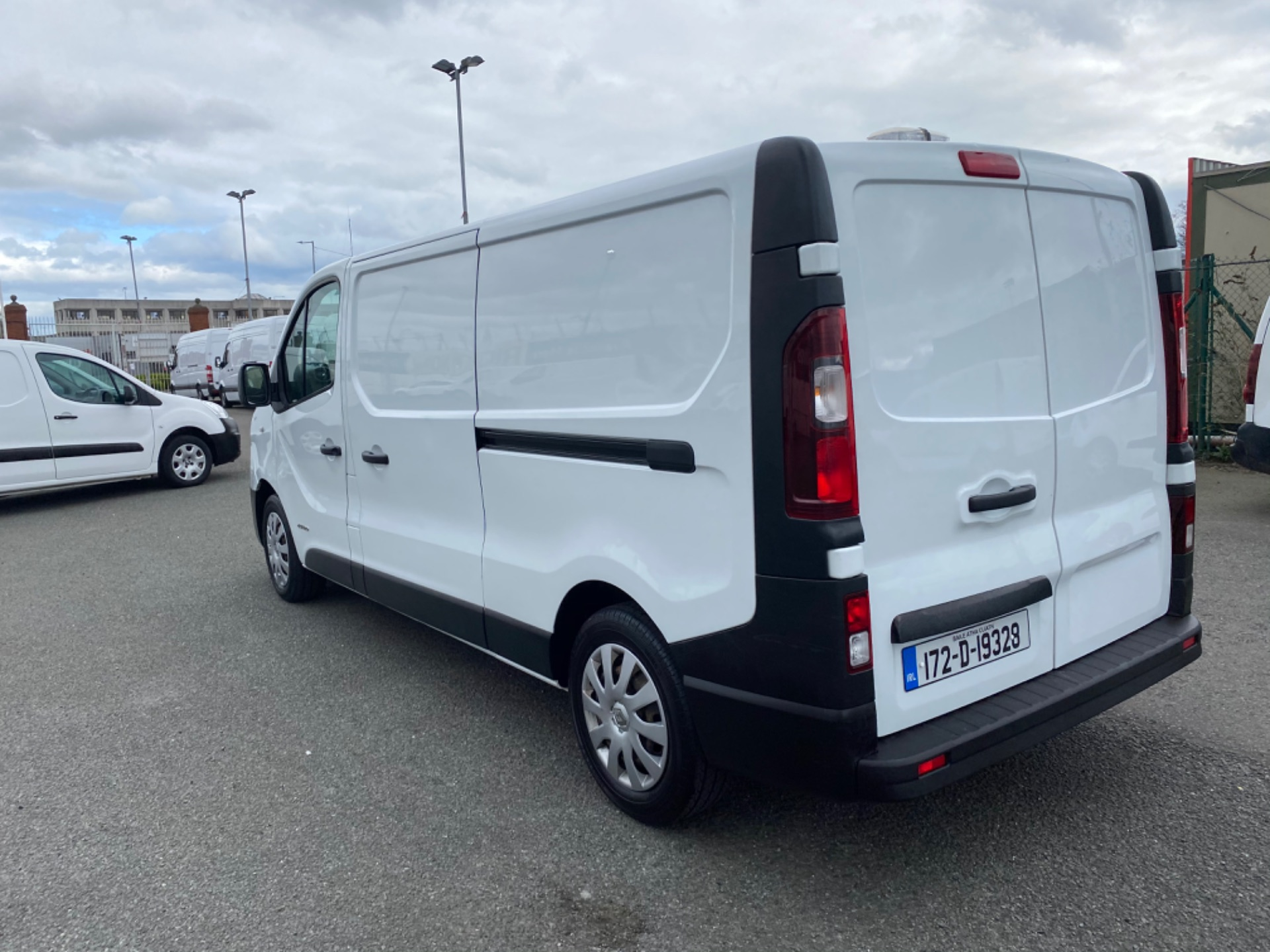 2017 Renault Trafic LL29 DCI 120 Business 3DR (172D19328) Image 5