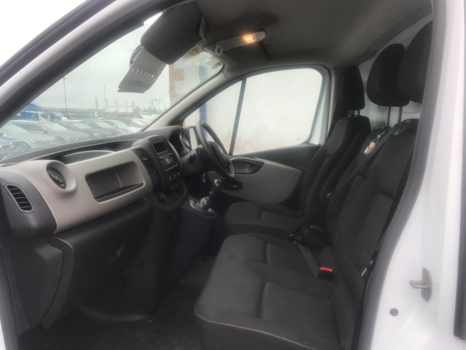 2017 Renault Trafic LL29 DCI 120 Business 3DR (172D19366) Image 10