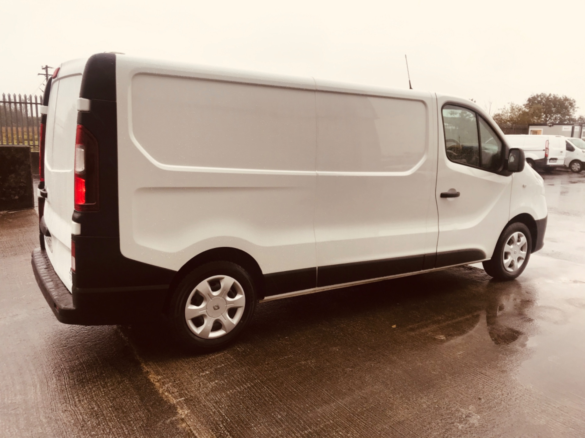 2017 Renault Trafic LL29 DCI 120 Business 3DR (172D19371) Image 4