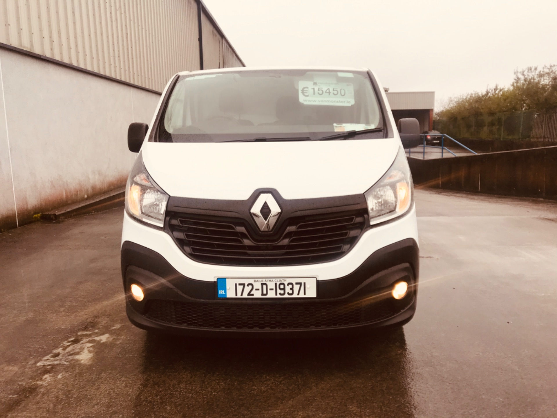 2017 Renault Trafic LL29 DCI 120 Business 3DR (172D19371) Image 2