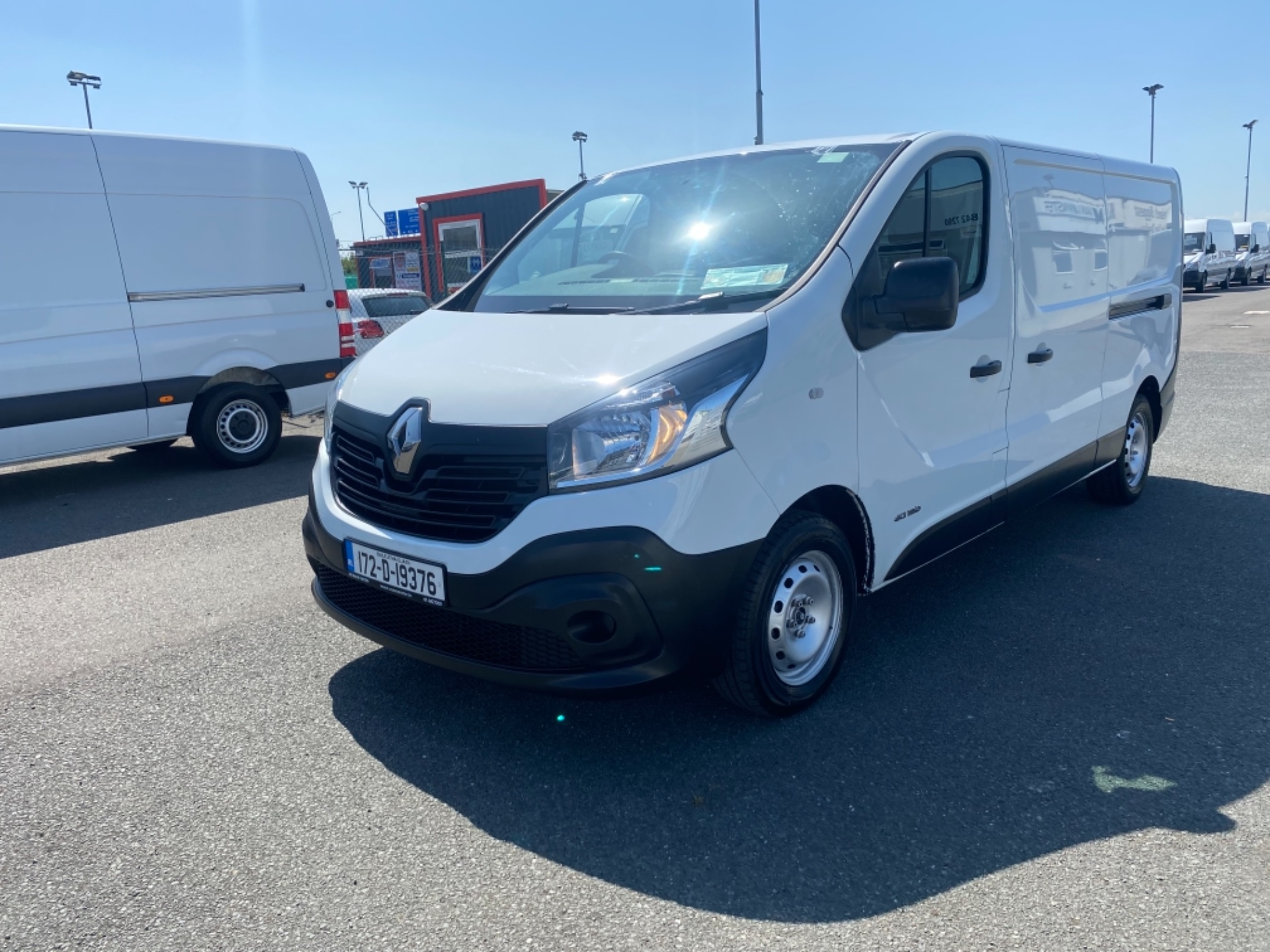 2017 Renault Trafic LL29 DCI 120 Business 3DR (172D19376) Image 3
