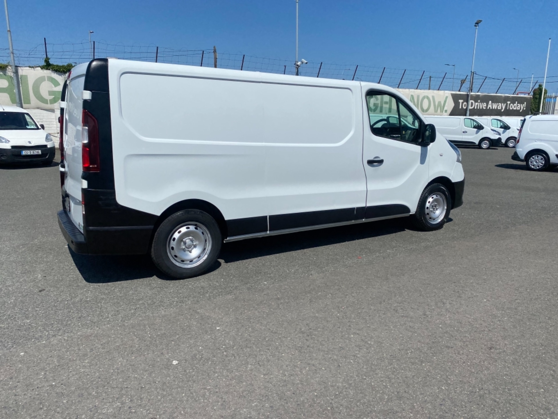 2017 Renault Trafic LL29 DCI 120 Business 3DR (172D19376) Image 8
