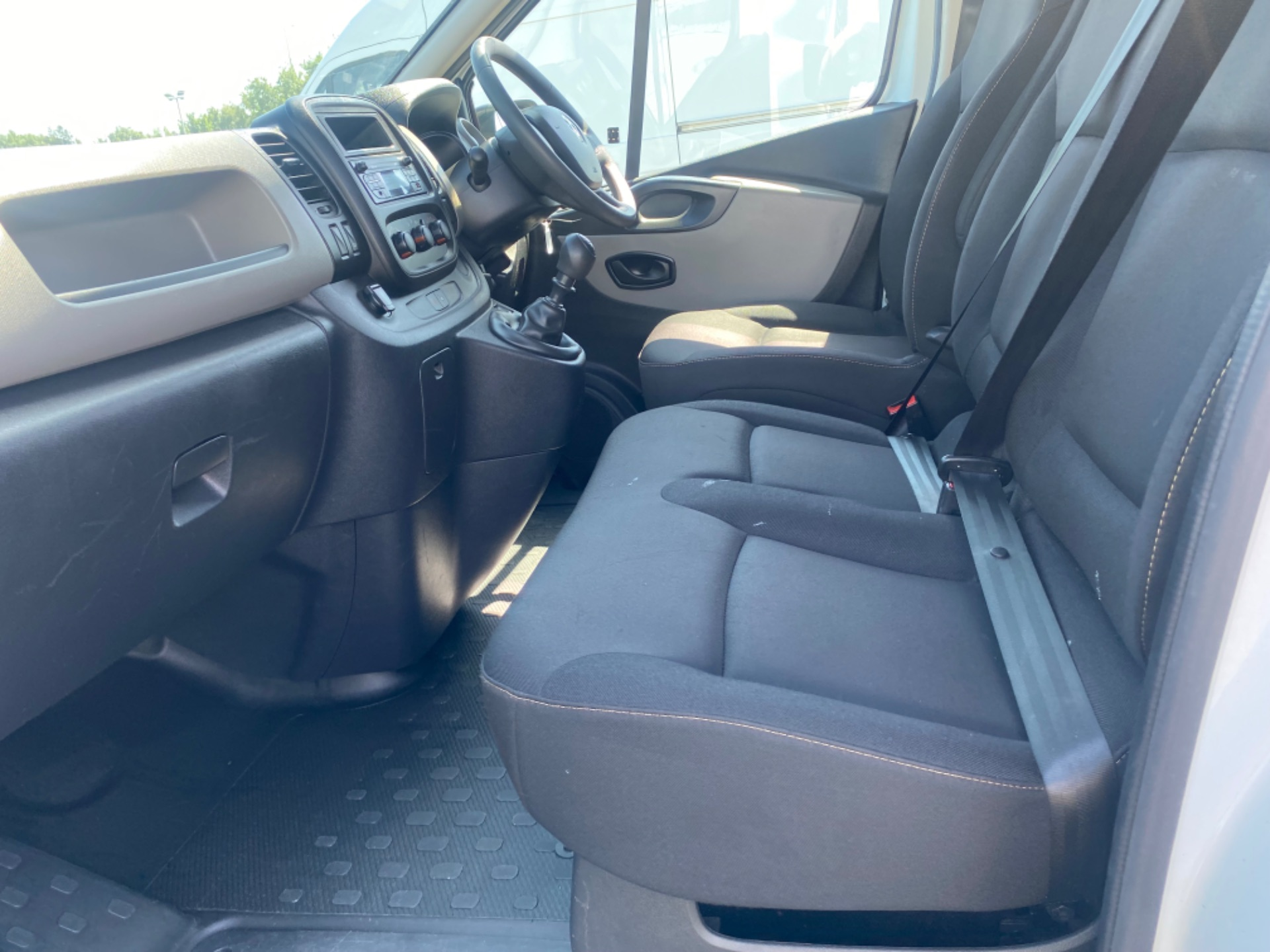 2017 Renault Trafic LL29 DCI 120 Business 3DR (172D19376) Image 11