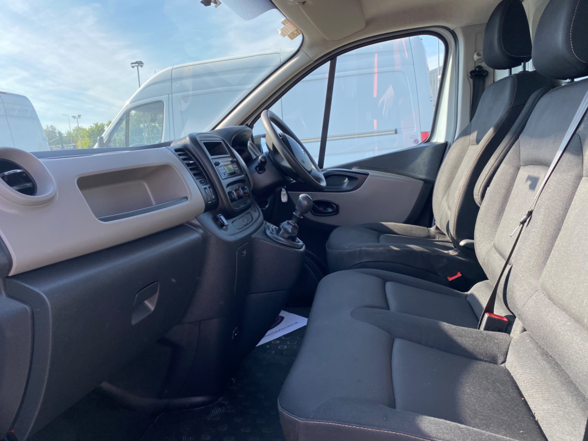 2017 Renault Trafic LL29 DCI 120 Business 3DR (172D19377) Image 11