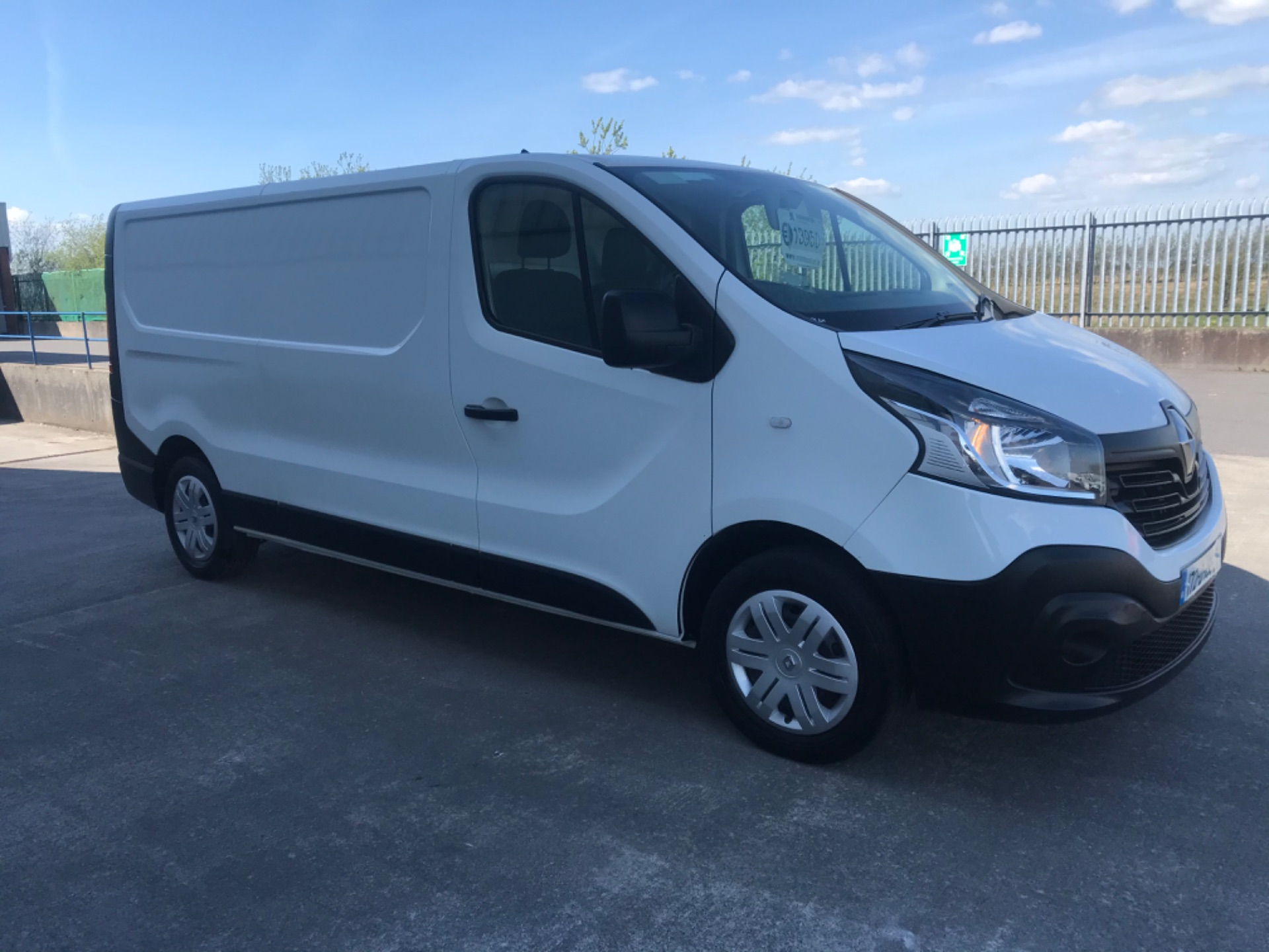 2017 Renault Trafic LL29 DCI 120 Business 3DR (172D19527) Image 3