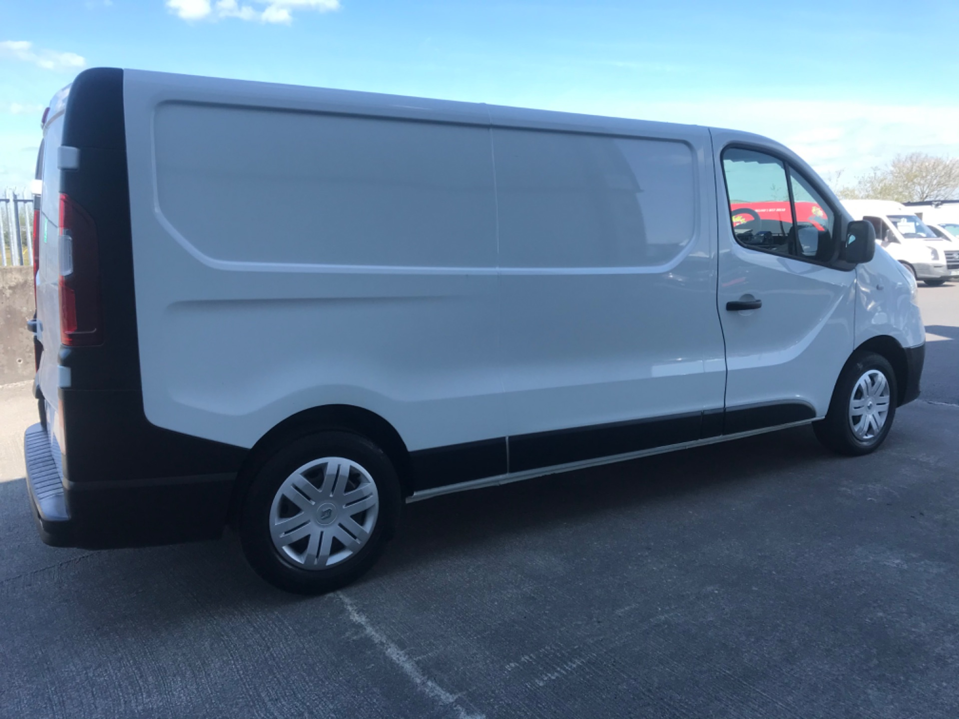 2017 Renault Trafic LL29 DCI 120 Business 3DR (172D19527) Image 4