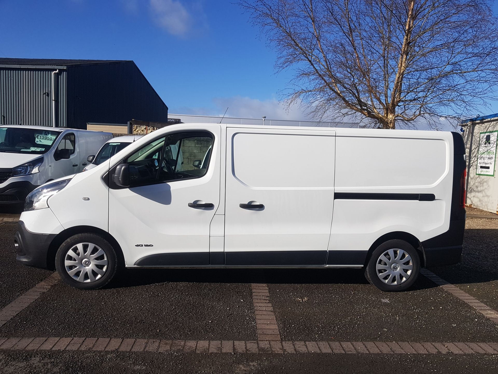2017 Renault Trafic LL29 DCI 120 Business 3DR (172D19529) Image 2