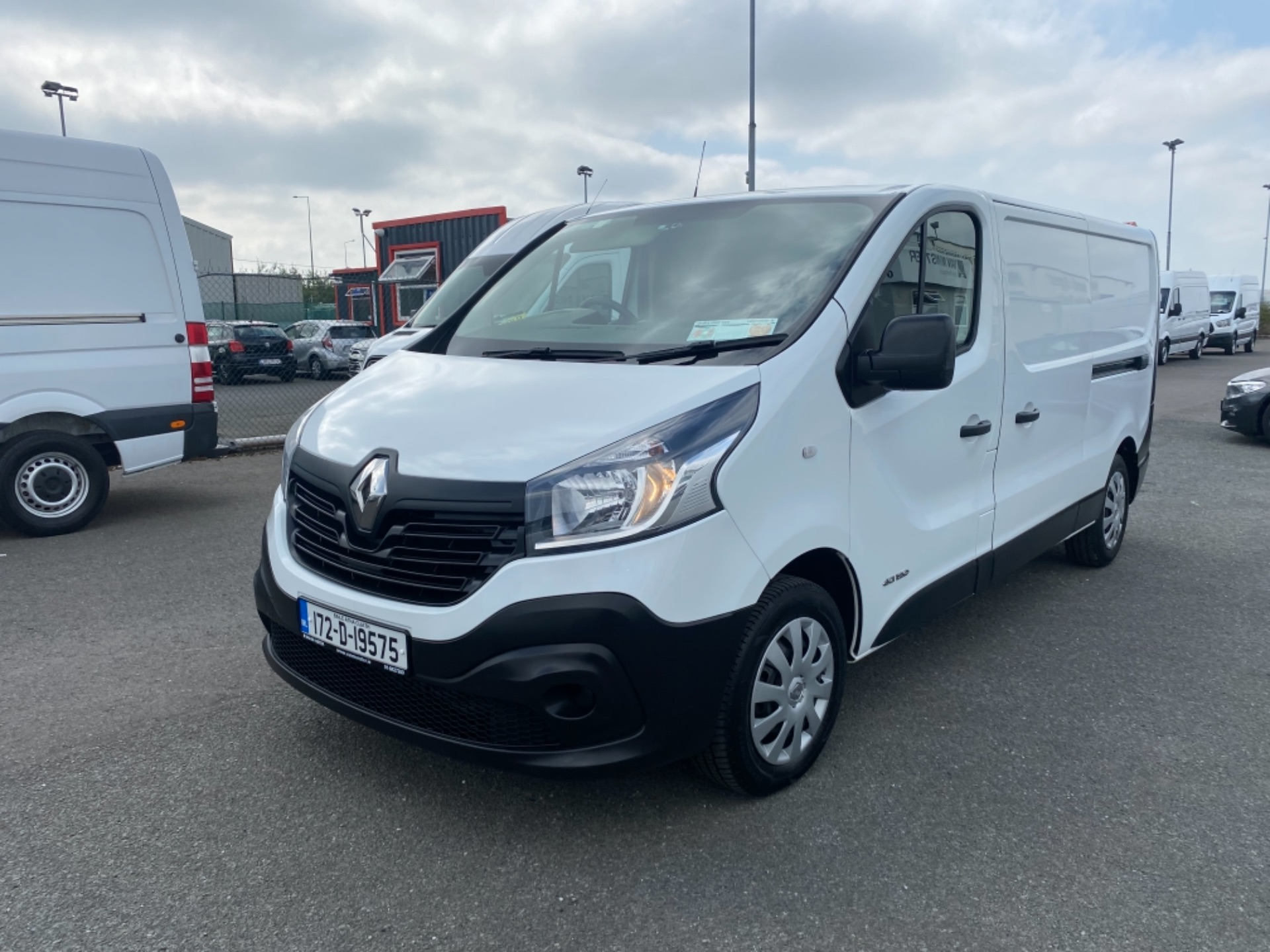 2017 Renault Trafic LL29 DCI 120 Business 3DR (172D19575) Image 3