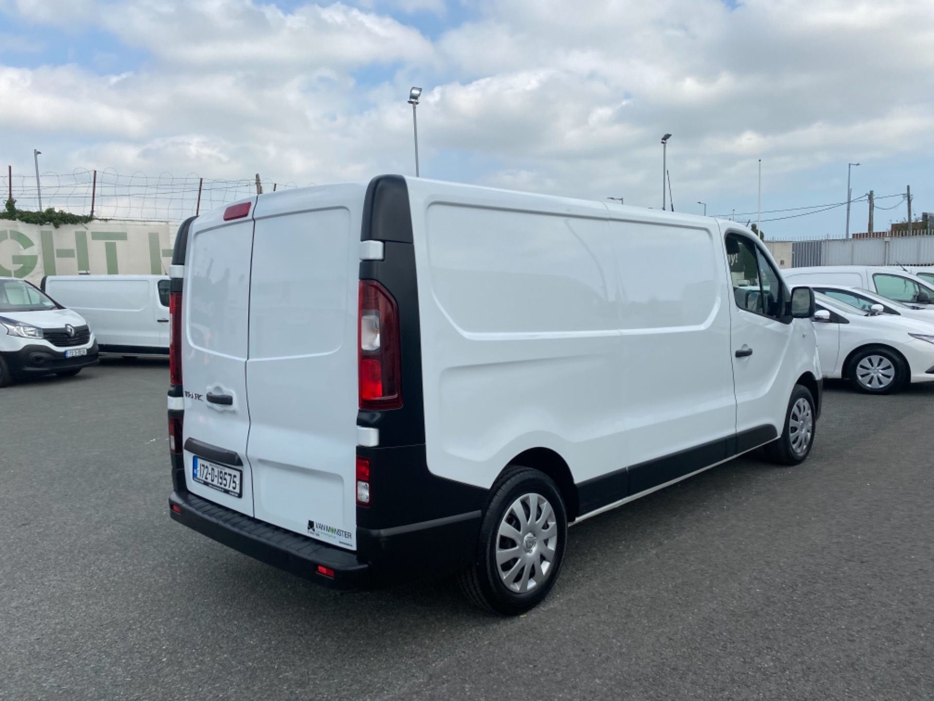 2017 Renault Trafic LL29 DCI 120 Business 3DR (172D19575) Image 8