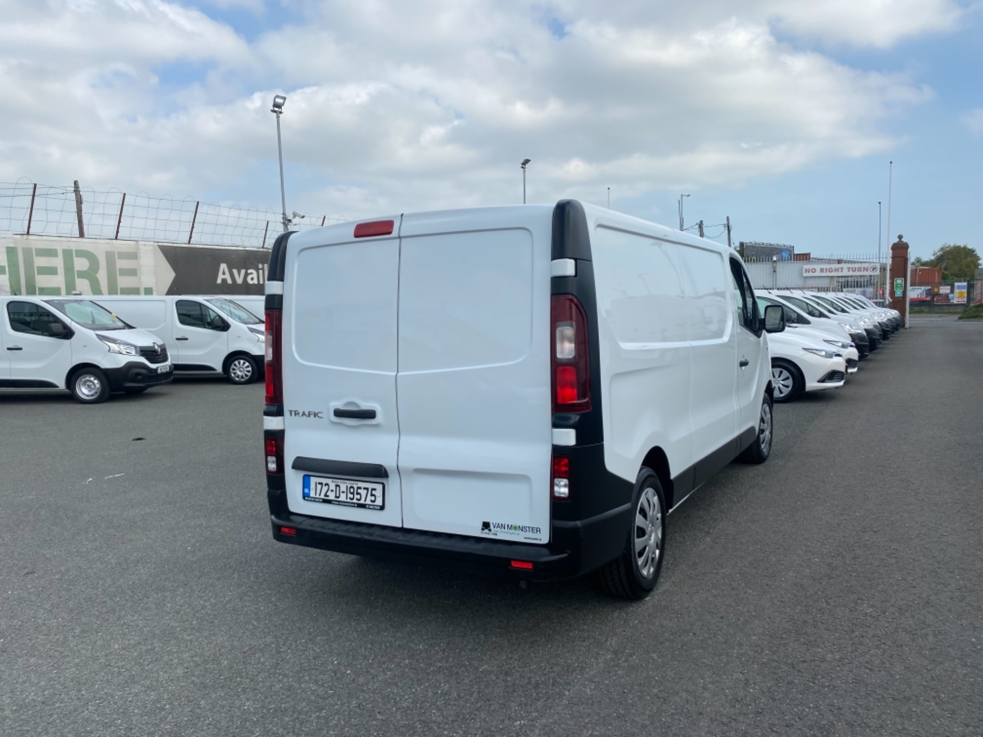 2017 Renault Trafic LL29 DCI 120 Business 3DR (172D19575) Image 7