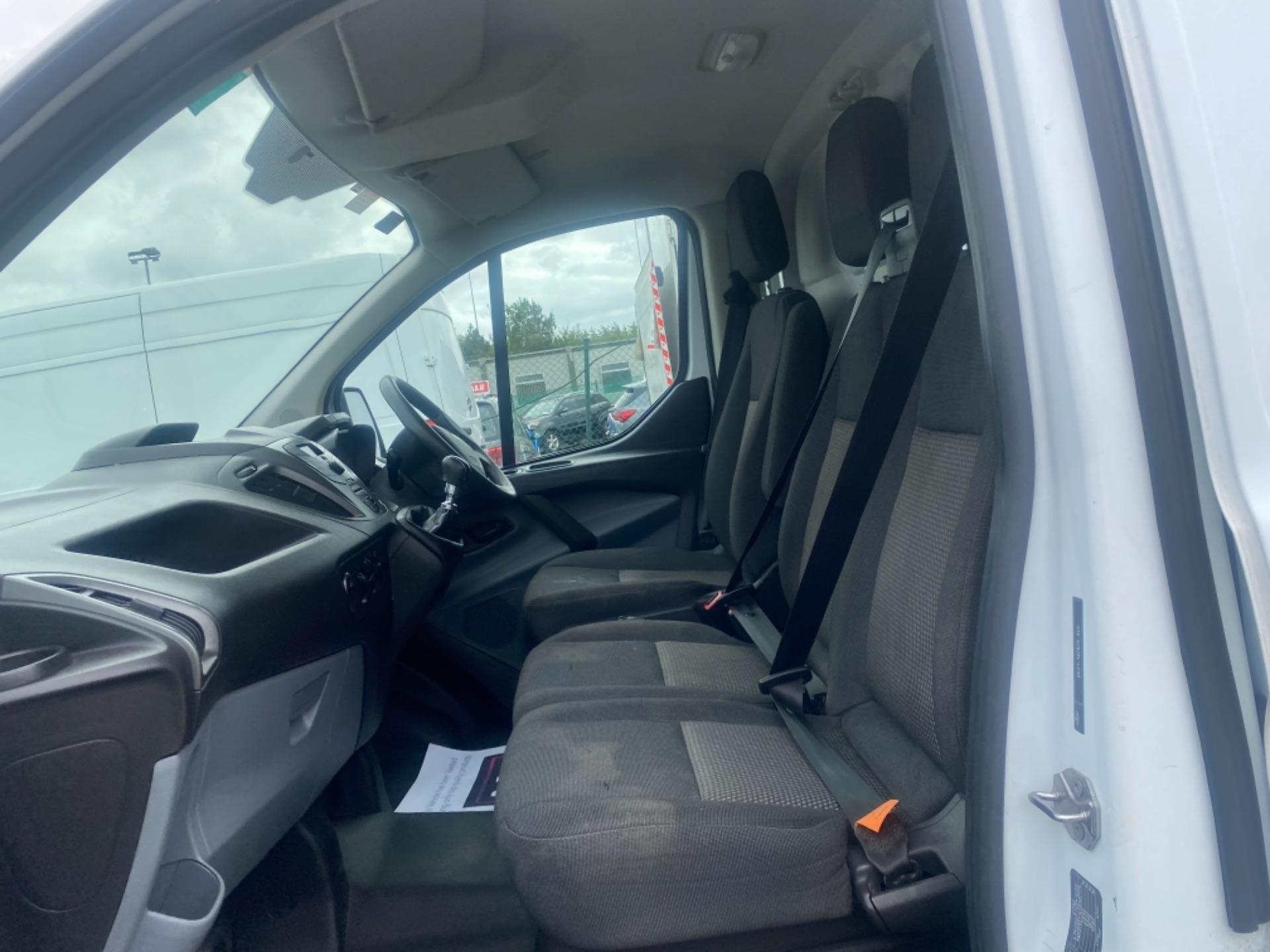 2017 Ford Transit Custom 290L 2.0L105P 6SPD 3DR (172D19734) Image 11