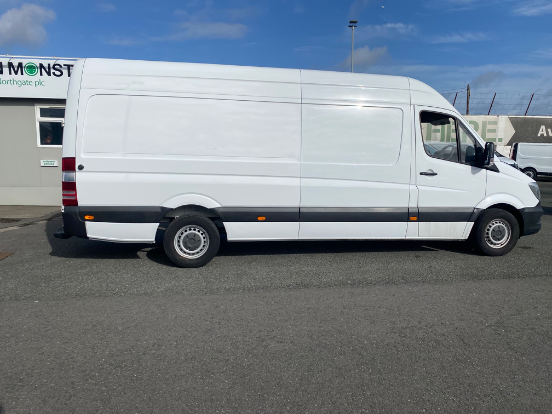 2017 Mercedes-Benz Sprinter 314/43 EU6 6DR (172D20173) Thumbnail 8