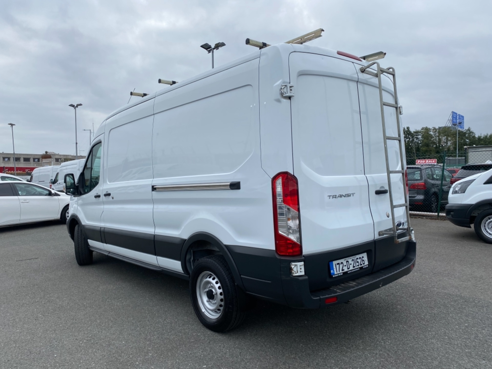 2017 Ford Transit 350L Base 2.0 105PS RWD 3DR (172D21526) Image 5