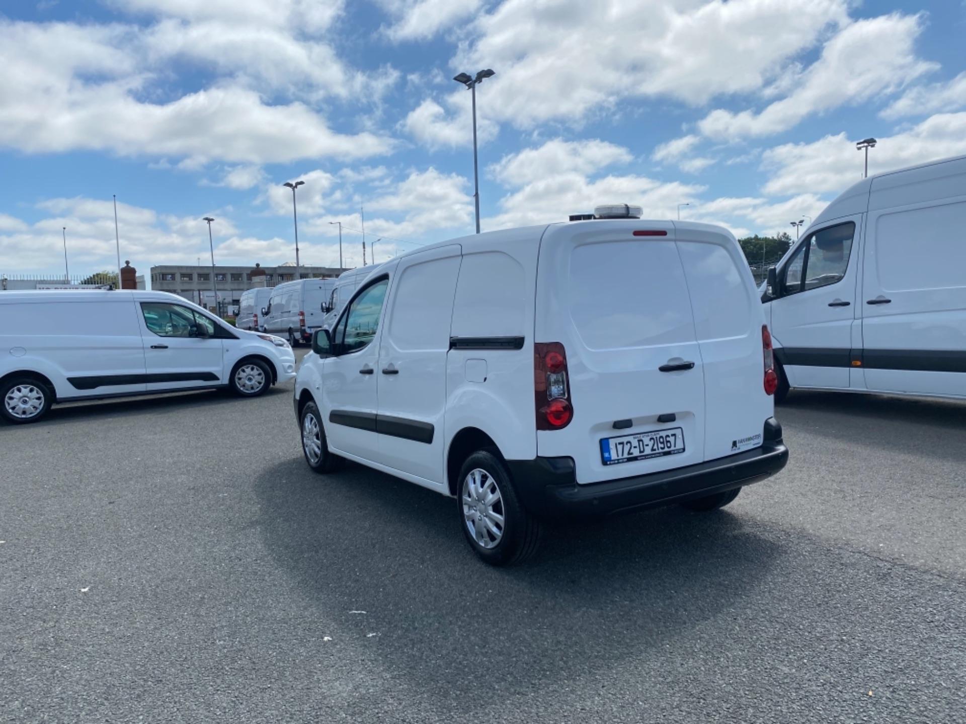 2017 Peugeot Partner Professional 1.6 Blue HDI 100 (172D21967) Image 5