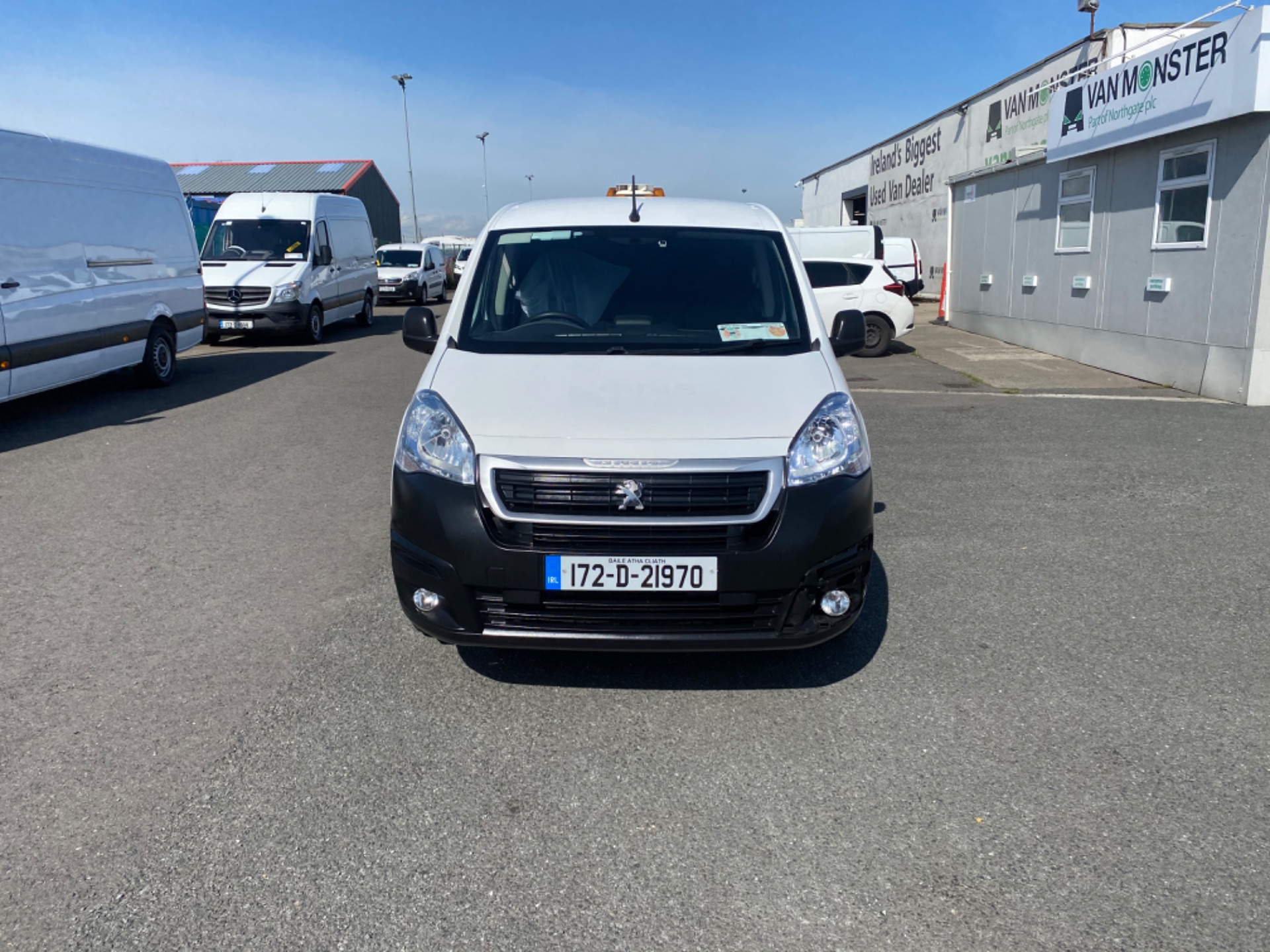 2017 Peugeot Partner Professional 1.6 Blue HDI 100 (172D21970) Image 2