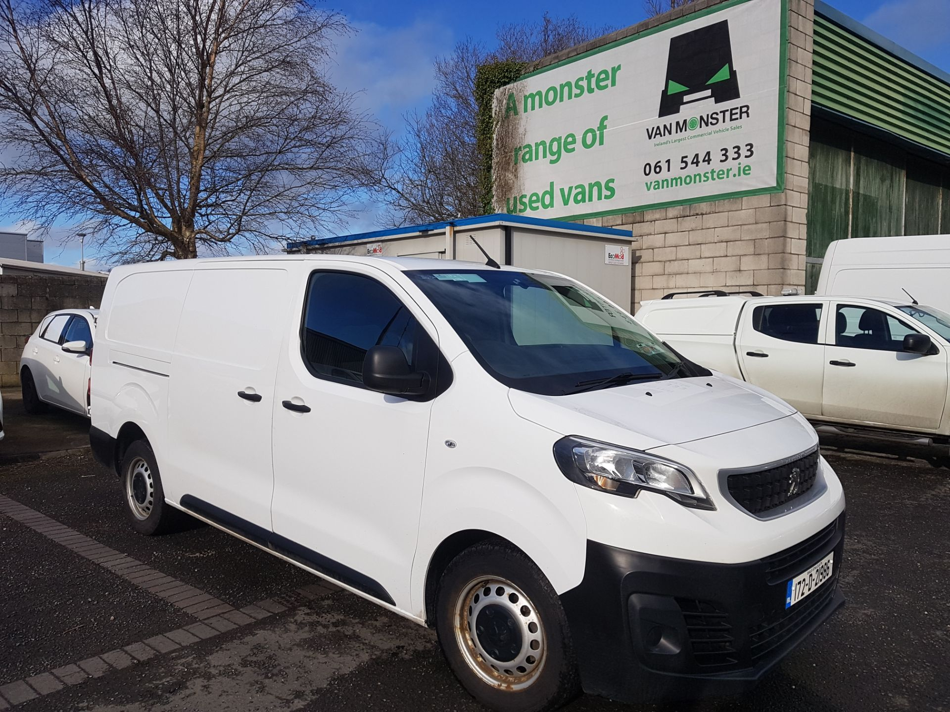 2017 Peugeot Expert Active Long 2.0 Blue HDI 120 6 (172D21986)