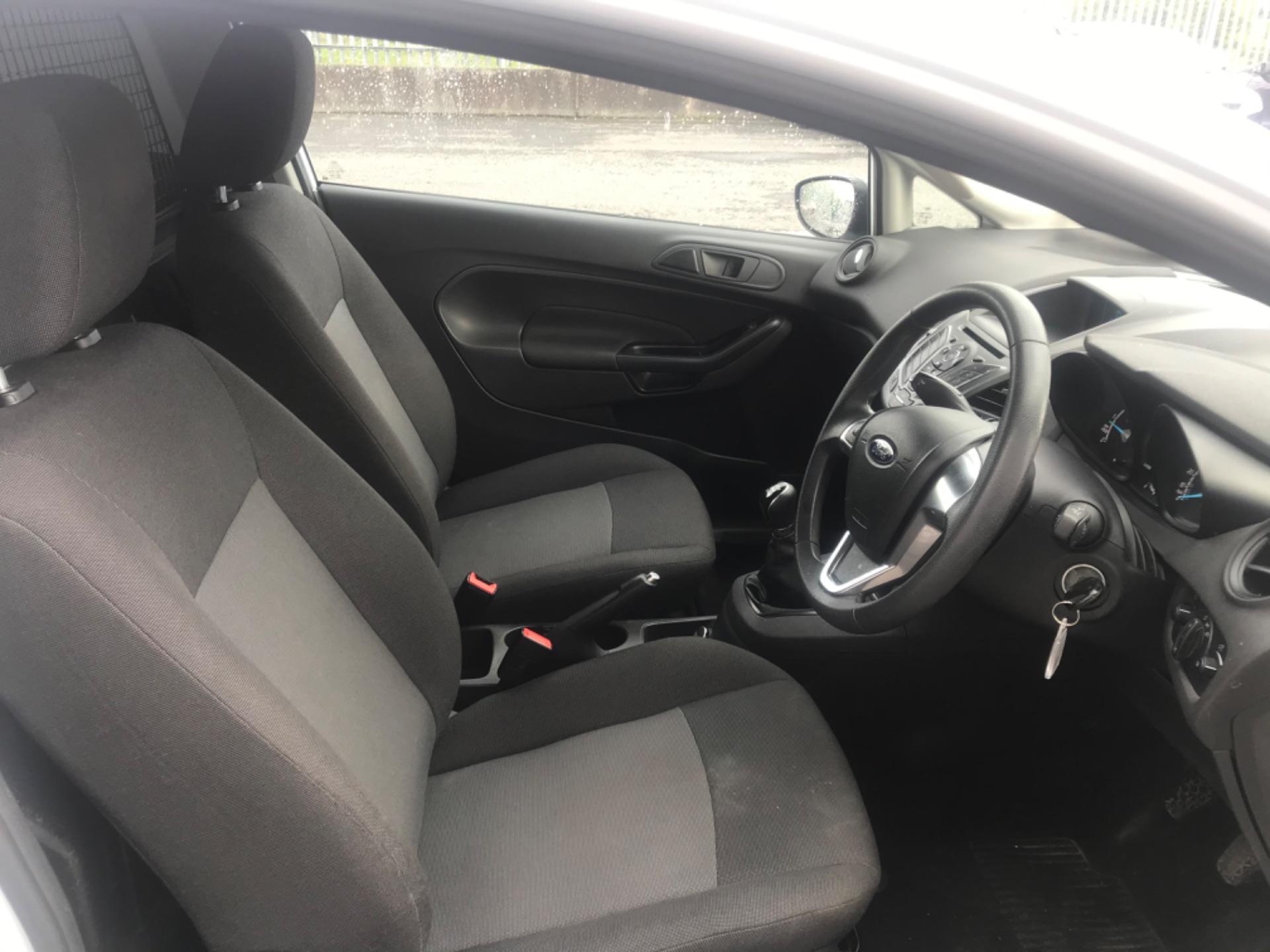 2017 Ford Fiesta BASE TDCI (172D22668) Image 13
