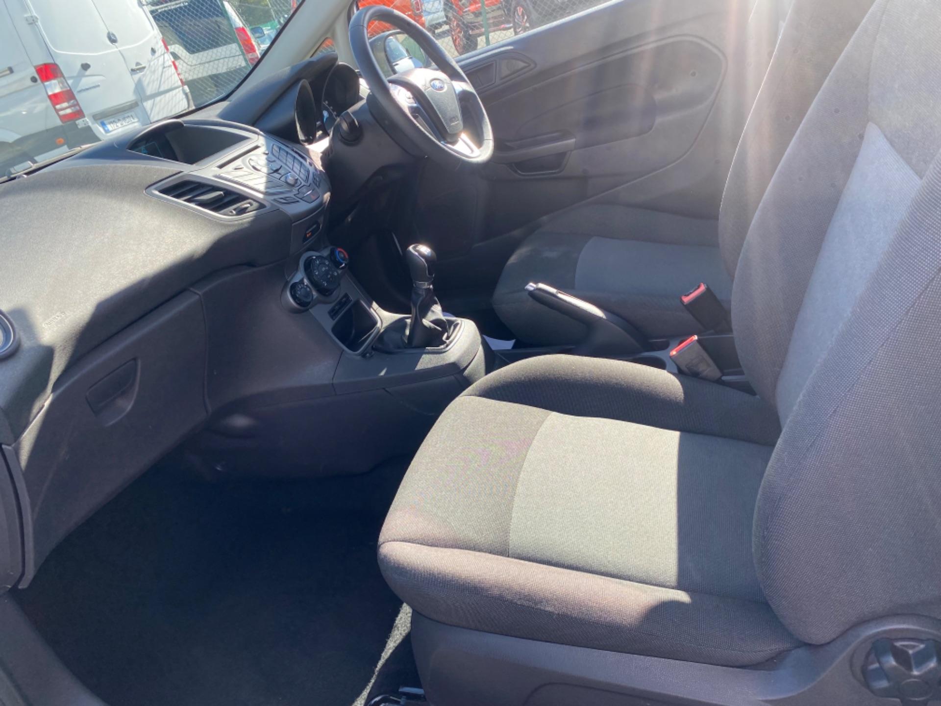 2017 Ford Fiesta BASE TDCI (172D22671) Image 9