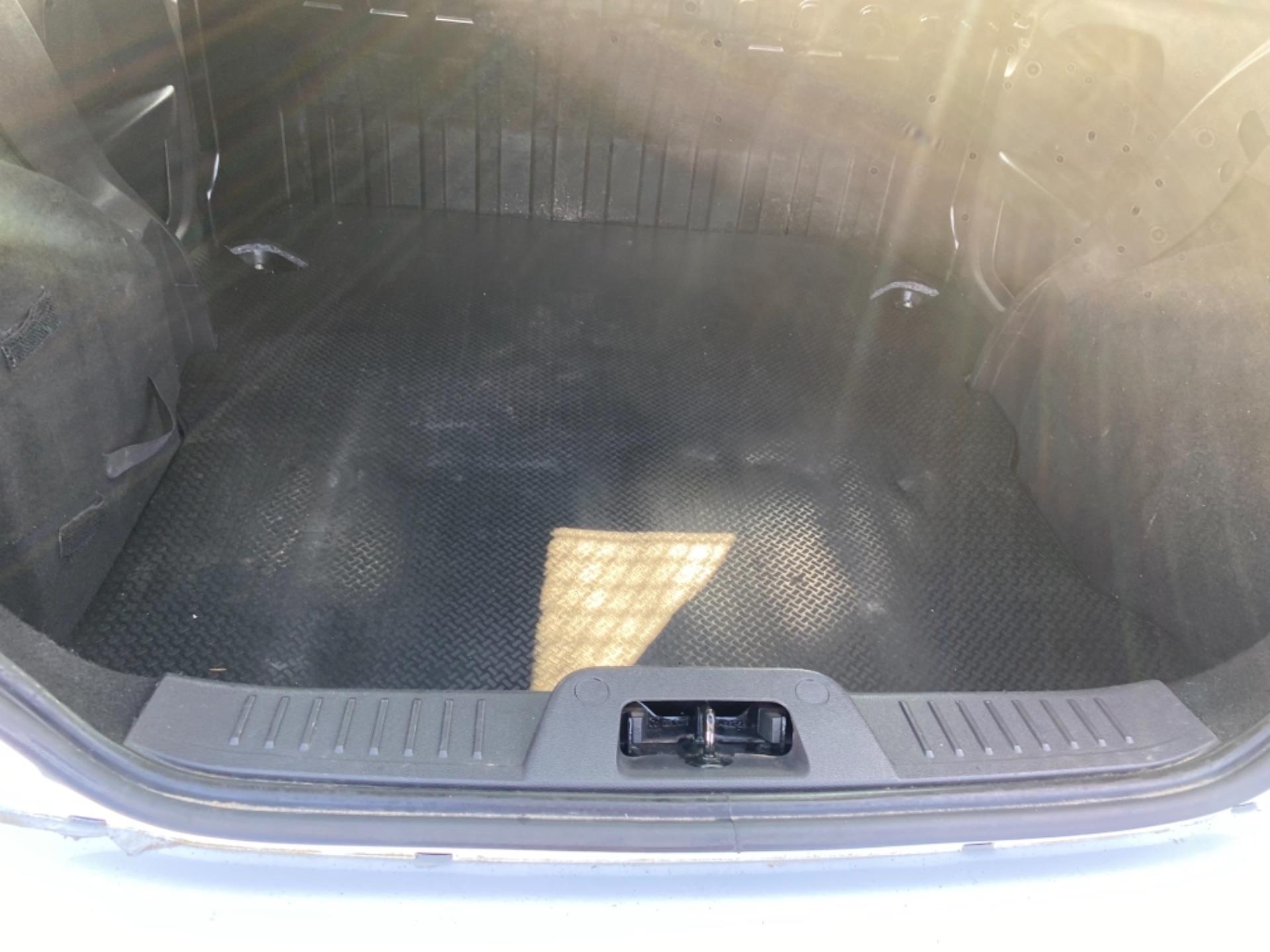 2017 Ford Fiesta BASE TDCI (172D22704) Image 8