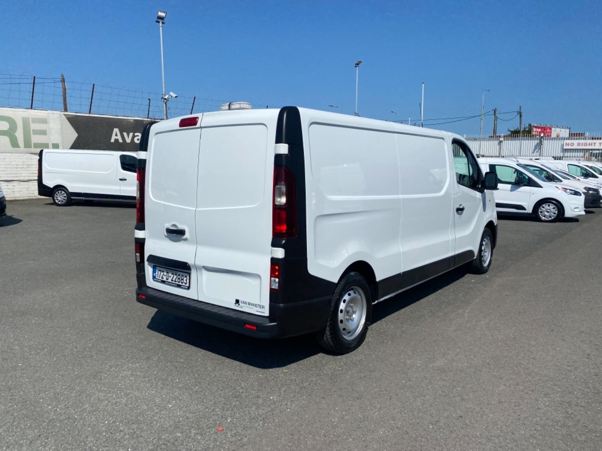 2017 Renault Trafic LL29 DCI 120 Business 3DR (172D22883) Image 9