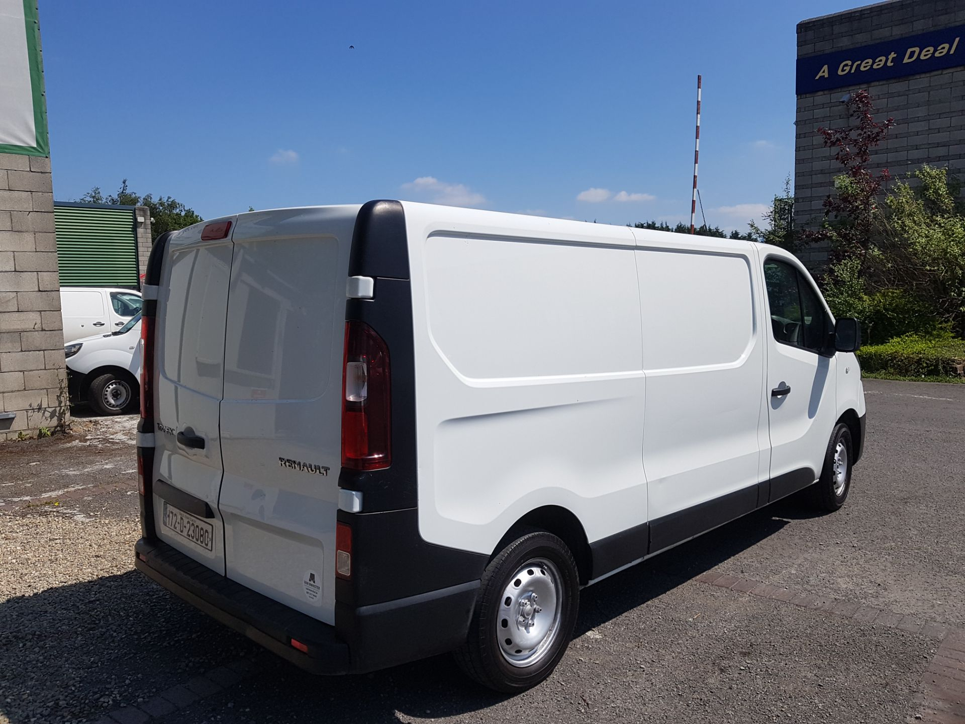 2017 Renault Trafic LL29 DCI 120 Business 3DR (172D23080) Image 3