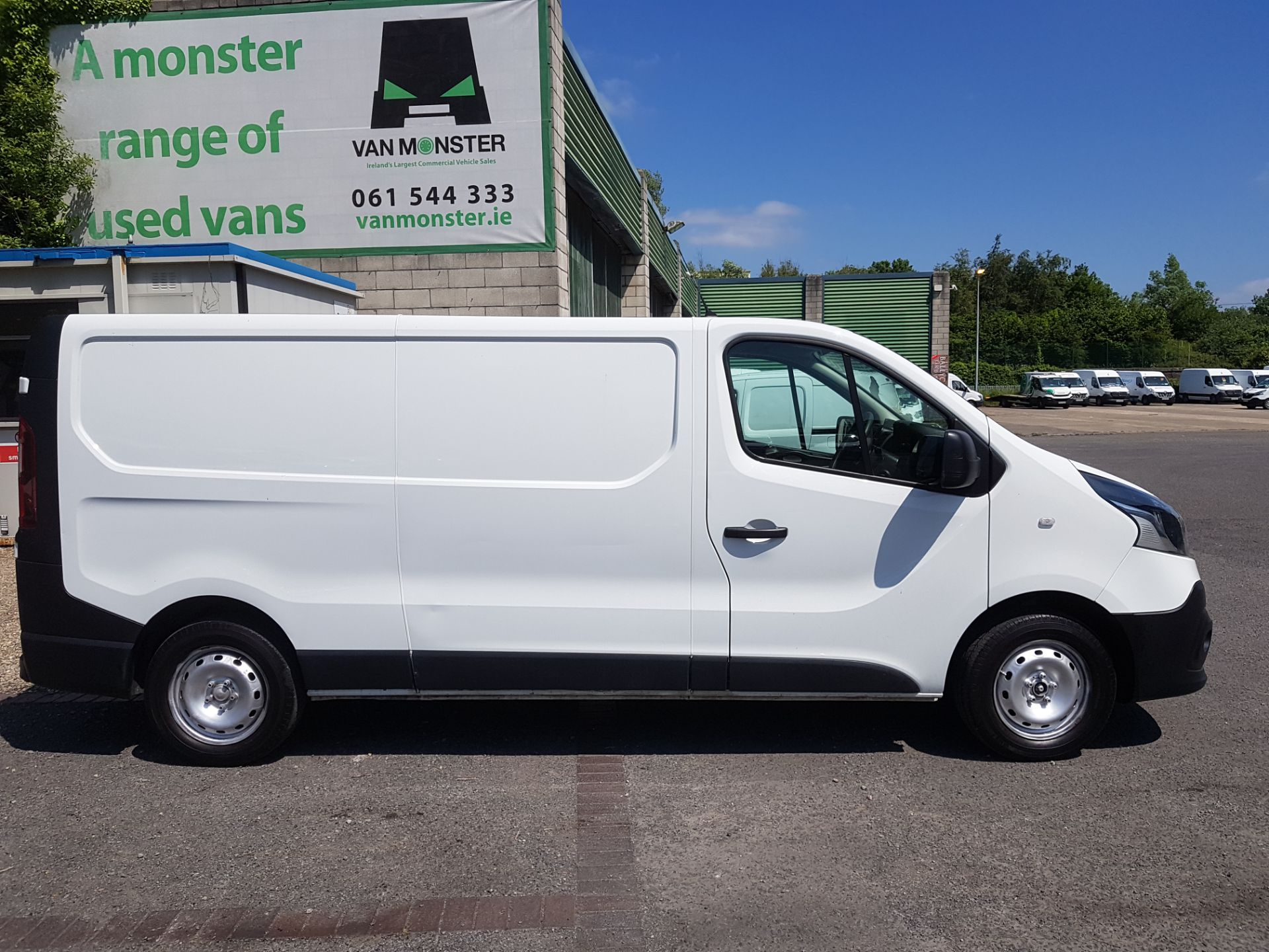 2017 Renault Trafic LL29 DCI 120 Business 3DR (172D23080) Image 2