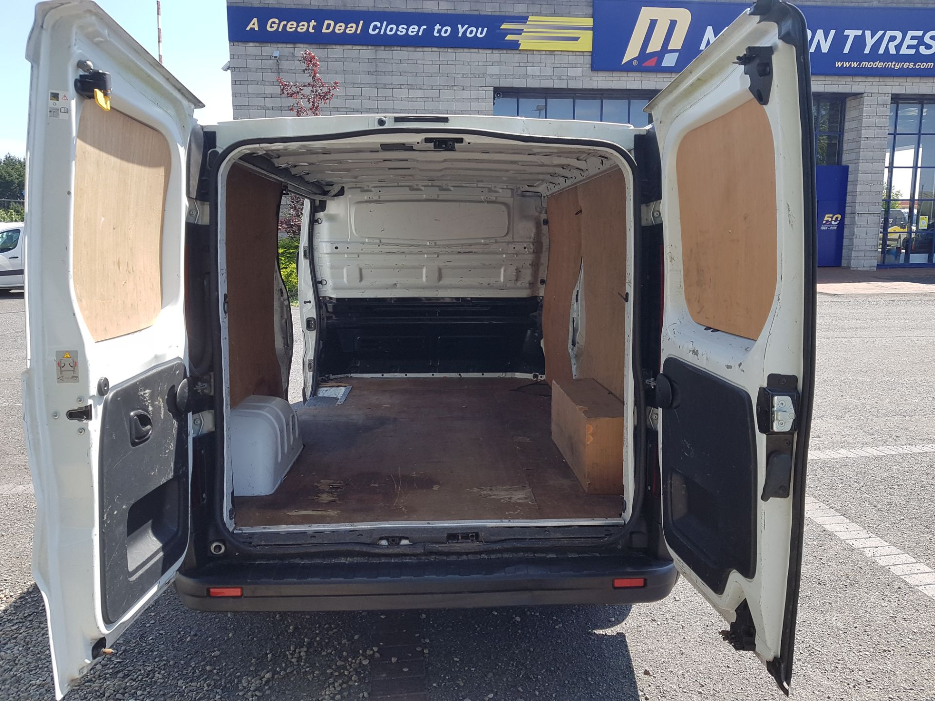2017 Renault Trafic LL29 DCI 120 Business 3DR (172D23080) Image 9