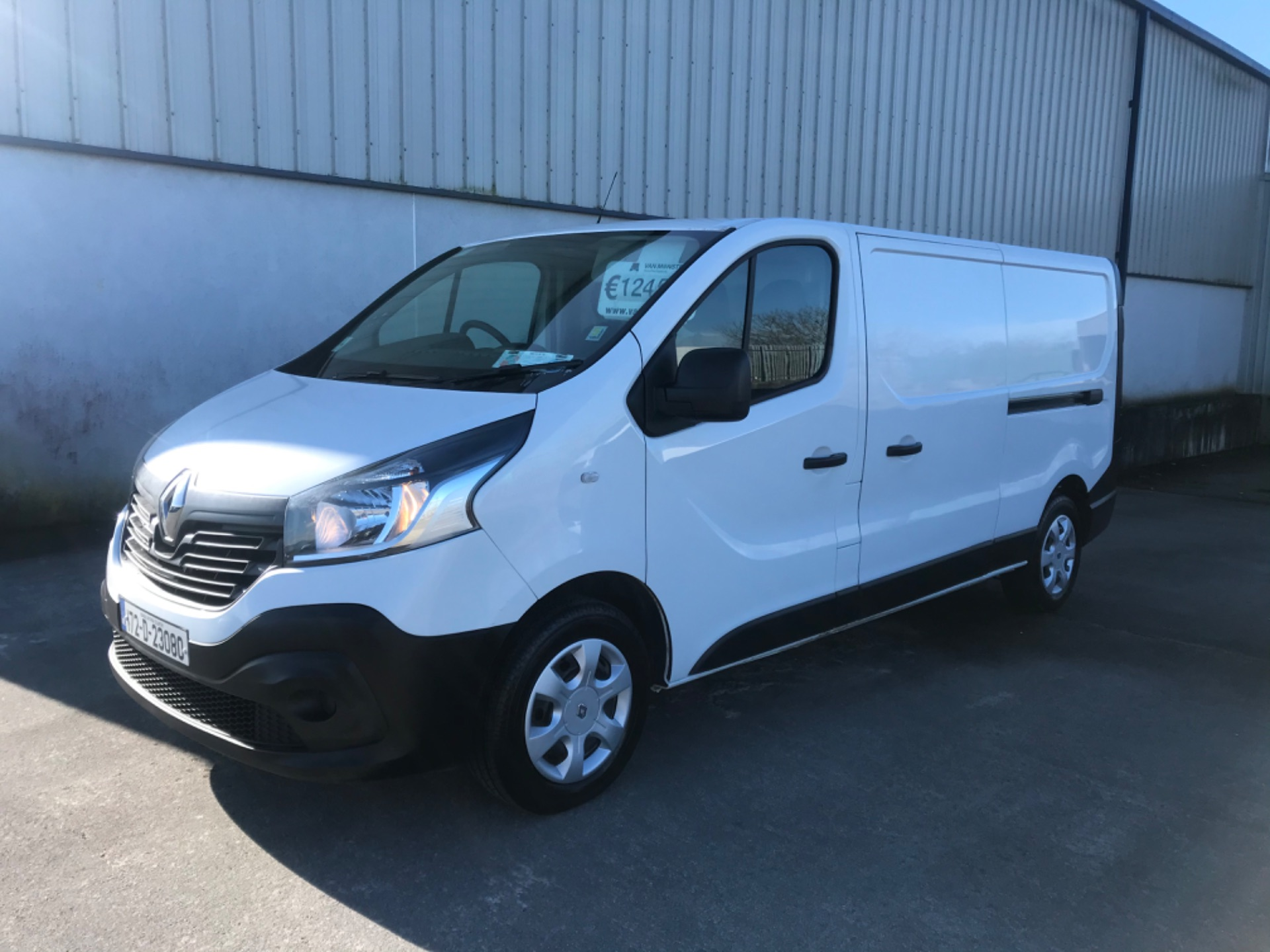 2017 Renault Trafic LL29 DCI 120 Business 3DR (172D23080)